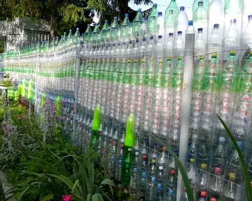 Как сделать забор из пластиковых бутылок своими руками: инструкция с фото и видео