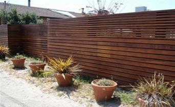 забор жалюзи из дерева