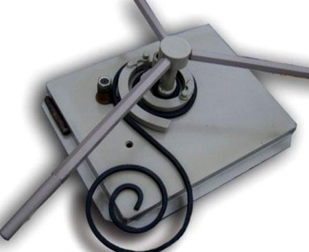 инструмент гнутик