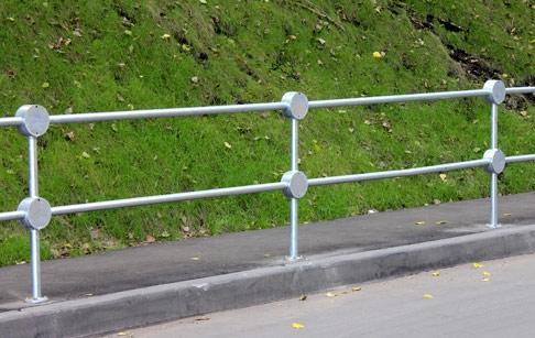 разграничительная оградка