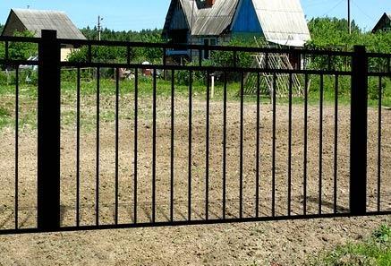 Секционный забор из металла