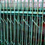 Как сделать забор из арматуры