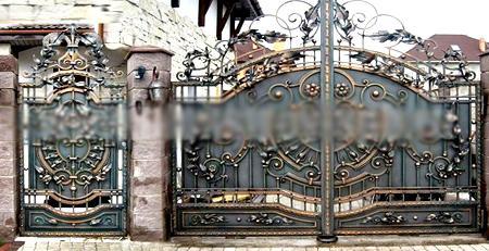 художественная ковка на воротах