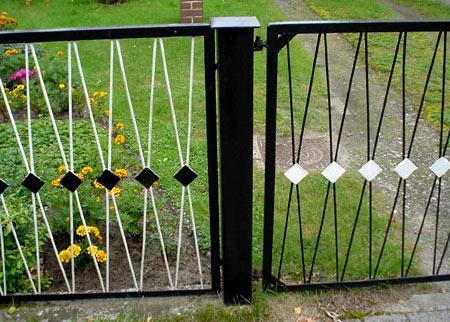 ограда из прутьев