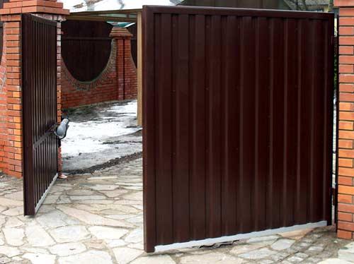 профлист распашные ворота