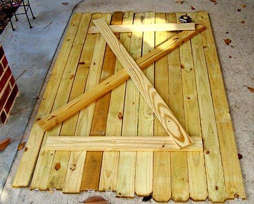 Как сделать деревянные двери своими руками фото