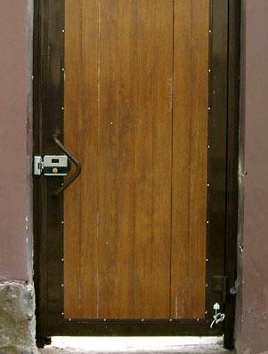 Устройство кодового механического замка на дверь