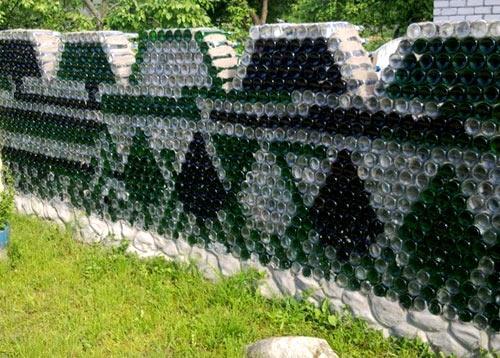 забор стеклянные бутылки