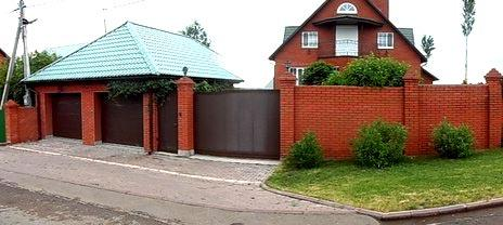 забор совмещенный с гаражом