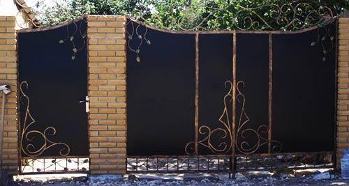 металлические ворота калитка