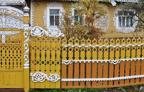 кружевной забор