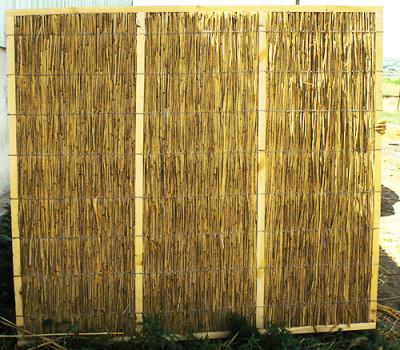 Плетеный деревянный забор: делаем ограду-плетень