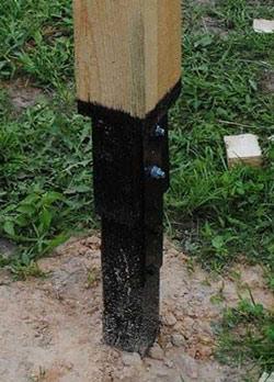 монтаж деревянных столбов