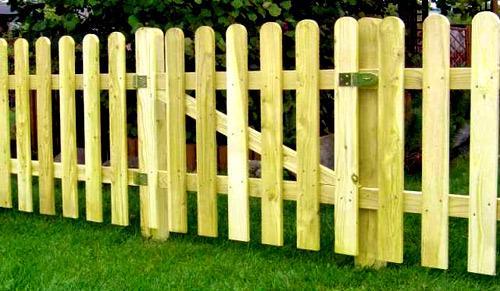 деревянный штакетник забор
