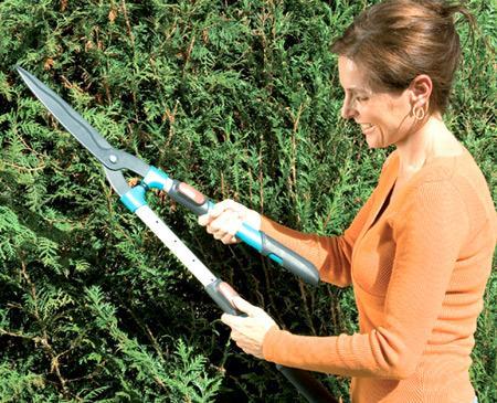 мощные садовые ножницы